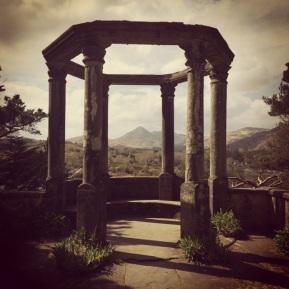 Garinish Temple
